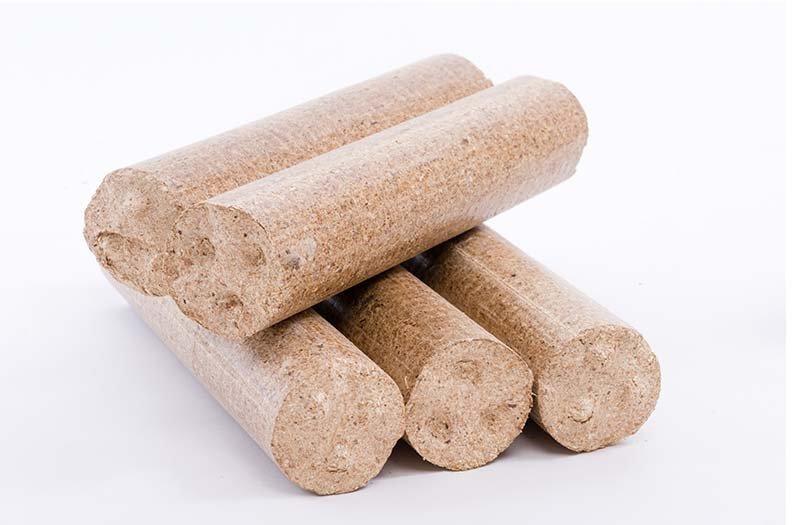 Dřevěné brikety 1 kg válec, měkké - Ilustrační obrázek briket